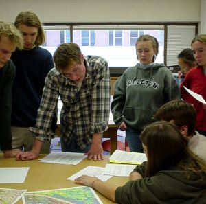 Geo 110 Students work on topographic maps